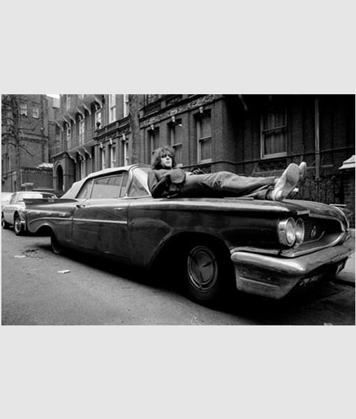 syd-barrett-on-car-london-2