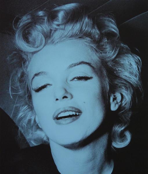 Marilyn Monroe-Blue-paper website